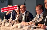 İzmir'de demokrasi şöleni
