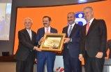 İZTO meclis toplantısında Bakan Gül'den 'yargı' mesajı