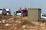 Sınırdışı edilecek göçmenleri taşıyan askeri araç devrildi