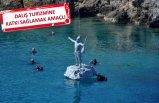 Hacı Bektaş Veli ve Pir Sultan Abdal heykeli, Ege Denizi'yle buluştu