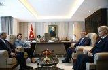 Savunma Bakanı Akar, Akşener'i ziyaret etti
