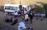 Ukraynalı turistleri taşıyan minibüs, traktörle çarpıştı: 13 yaralı