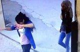 Üç kadın oynaya oynaya girdikleri siteyi soydu