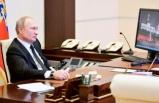 Dünya Putin'in fotoğrafındaki ayrıntıyı konuşuyor… Biri onu uyarsın