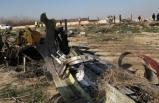İran'da düşen uçak hakkında şüphelendiren detay