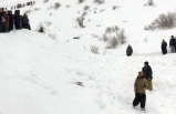 İran'da kar ve çığ 7 can aldı