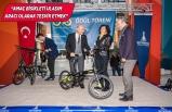 Tunç Soyer İzmirli bisikletçilere ödüllerini verdi