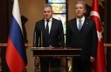 Akar ile Rusya Savunma Bakanı Şoygu telefonda görüştü