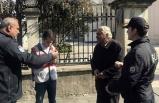 İlk ceza kesildi: Evlerinden dışarıya çıkan çifte 6 bin 300 lira ceza!