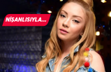 Şarkıcı Ece Seçkin karantinada!