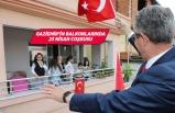 Gaziemir'in balkonlarında 23 Nisan coşkusu