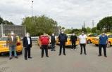 Başkan Utku Gümrükçü'den taksicilere siperlik