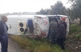 Manisa'da hasta nakli yapan ambulans devrildi