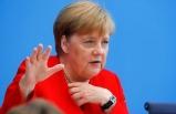 Merkel'e göre aşı için 8 milyar avro gerekiyor