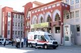 Müdür yardımcısı okulda ölü bulundu