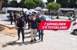 Ege Denizi'nde göçmenlerin geçişini organize edenler tutuklandı