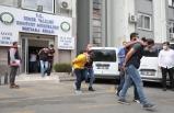İzmir'de sahte içki operasyonlarında 20 zanlı adliyeye sevk edildi