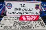 İzmir'deki kaçakçılık operasyonunda tarihi eser ele geçirildi
