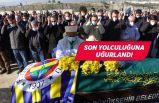 Aracında ölü bulunan doktor İzmir'de toprağa verildi