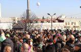 Gürcistan'da Kovid-19 tedbirleri protesto edildi