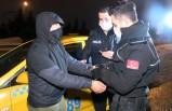Müşterinin dikkati taksideki uyuşturucuyu yakalattı