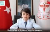 Bakan Koca'nın koltuğuna oturan öğrenciden 'aşı' çağrısı