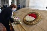 Akşener, Anıtkabir'i ziyaret etti
