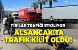 İzmir Alsancak'ta trafik kilit oldu! TIR'lar trafiği etkiliyor