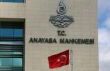 Anayasa Mahkemesi iki siyasi partiyi kapattı!