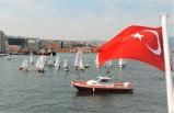 """""""Denizlerde bayrağımızı daha yukarı çekmeliyiz"""""""