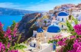 Yabancı turistleri geri getirmek amacıyla adalardaki herkes aşılanacak