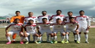 'Futbolcu Adına Özür Dileriz'
