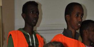 Somalili Öğrencilerden Somalı Kardeşlerine Yardım