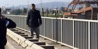 Köprüde Tabancayla İntihara Kalkıştı