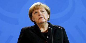 Merkel Türkiye'yi Savundu