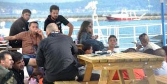 Ayvalık'ta 45 Suriyeli Yakalandı
