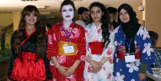 ERÜ'de Makyaj Ve Kostüm Festivali