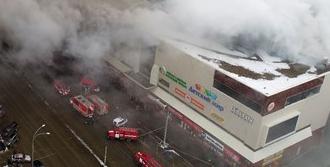AVM'de yangın dehşeti: 64 ölü!