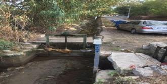 3 Yaşındaki Çocuk Su Kanalına Düştü