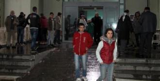 Silopi'de 10 Öğrenci Yaralandı