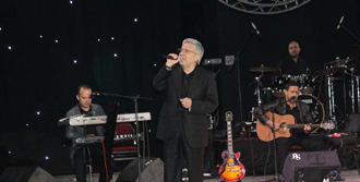 Zülfü Livaneli'nden 19 Mayıs Konseri