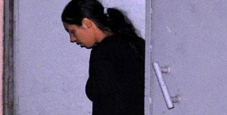 Annesini Öldüren Kıza 20 Yıl Hapis