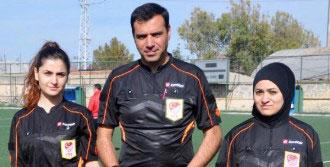 Türkiye'nin İlk Başörtülü Futbol Hakemi