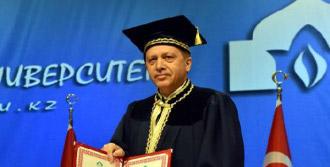 Erdoğan'a Fahri Profesörlük Ünvanı Verildi