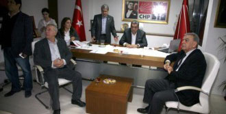CHP İzmir'de Buruk Sevinç