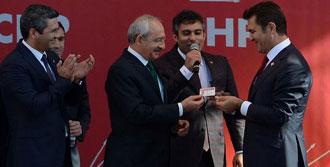 Sarıgül CHP Rozetini Taktı