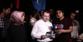 Doğu Türkistanlılara Destek İçin İftar