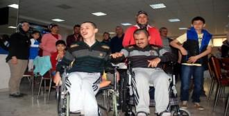 50 Engelliye Tekerlekli Sandalye