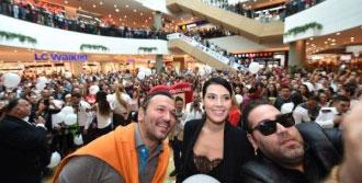 Hayat Öpücüğü Filmine İzmir Galası