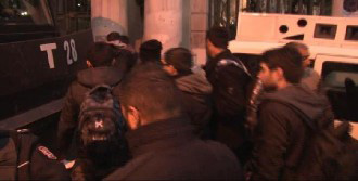 Beyoğlu'nda 5 Kişi Gözaltına Alındı
